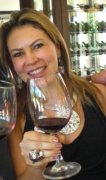Daniella Romano (Sommeliére internacional, da empresa Aroma dos Vinhos)